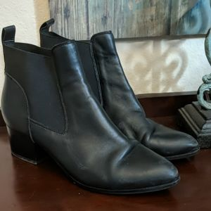 Nine West Rhodes Ankle Booties